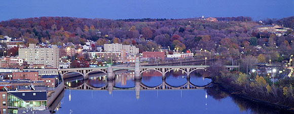 Haverhill MA on the Merrimack River. Image by Flecher6