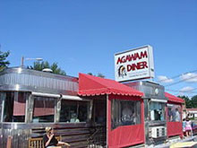 Agawam Diner, Rowley, MA. Photo by Ethomsen
